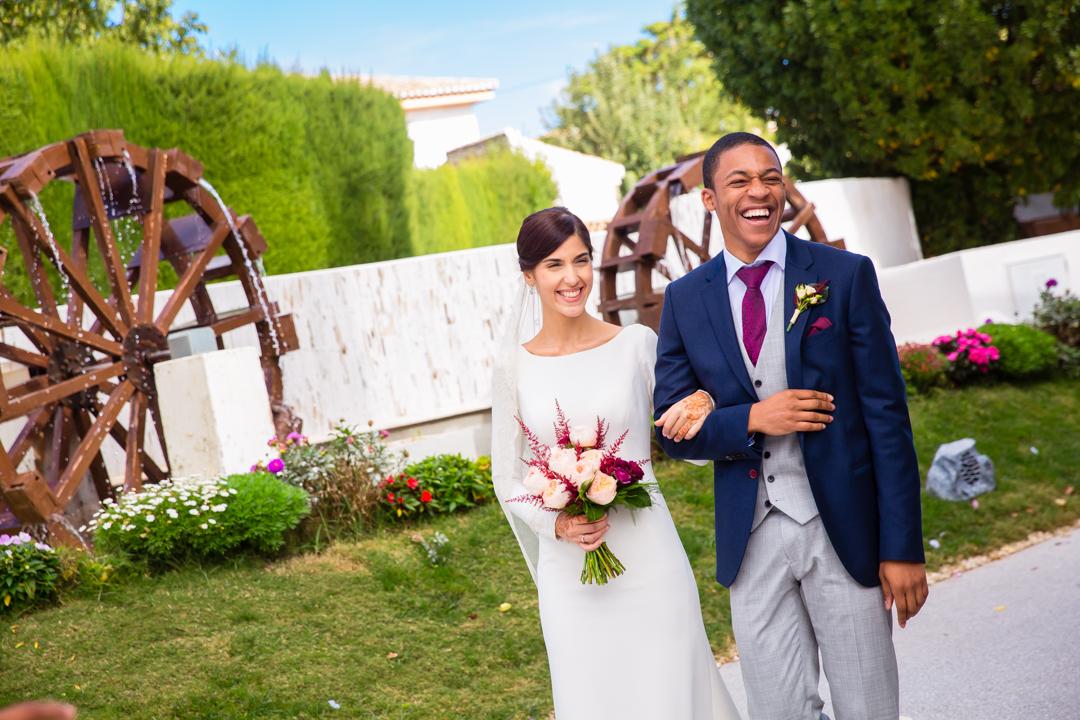 Boda Munira y Jordan. Jardines de Siddharta, Granada. DobleEnfoque, fotógrafos de boda.