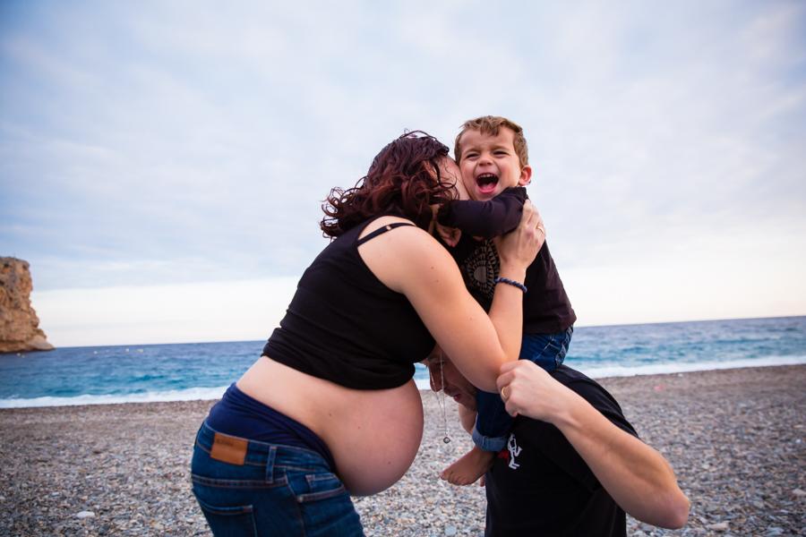 sesion-familia-embarazo-granada-12